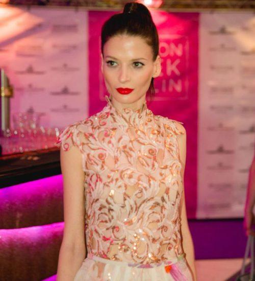 Sara Leupold Kollektion Body Lace